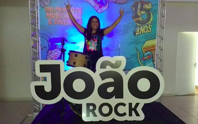 Jaqueline é fã convicta do festival João Rock (Foto: Arquivo pessoal)