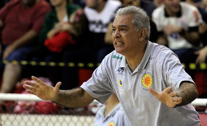 Luiz Zanon São José Basquete (Foto: Rafael Silva/Gazeta Press)