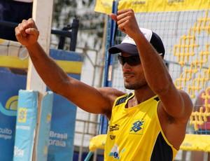 Moisés vôlei de praia (Foto: Divulgação/FIVB)