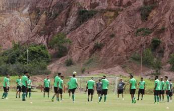 Em Recife, Coritiba encerra preparação para enfrentar o Santa Cruz, no sábado