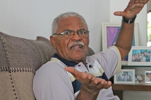 Otacílio relembrando as histórias que viveu no esporte  (Foto: Henrique Almeida)