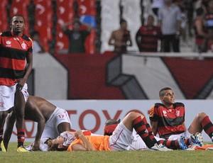 Willians Flamengo x Lanús (Foto: Celso Pupo / Ag. Estado)