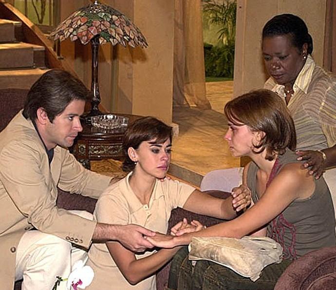 Débora Falabella viveu a Mel, uma dependente química em O Clone (Foto: TV Globo)