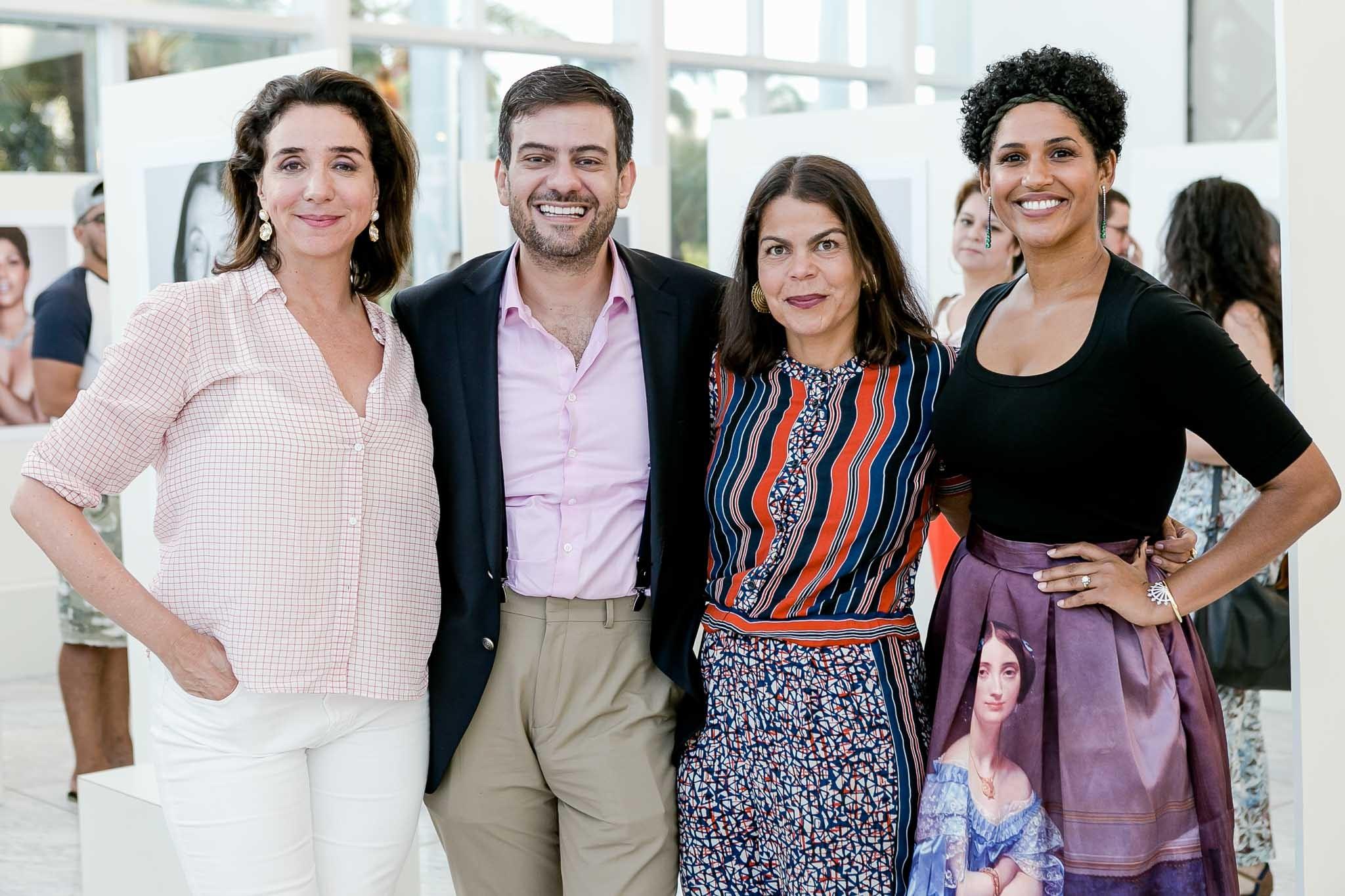 Marisa Orth, Bruno Astuto, Daniela Falcão e Alexandra Loras  (Foto: Bruno Ryfer/Divulgação)