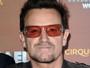 Bono sofre várias fraturas em acidente e passa por duas cirurgias