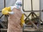 Médicos comemoram fim do ebola com dança