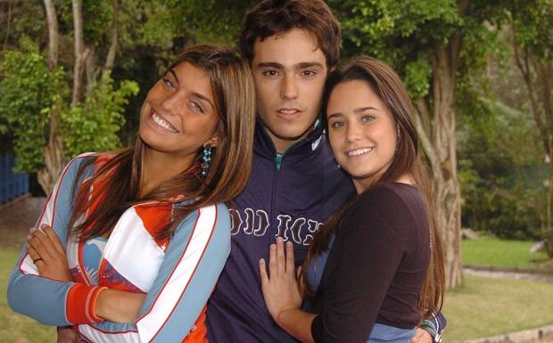 O tringulo amoroso com Bernardo (Thiago Rodrigues), Betina (Fernanda Vasconcellos) e Jaque (Joana Balaguer) (Foto: CEDOC/ TV Globo)