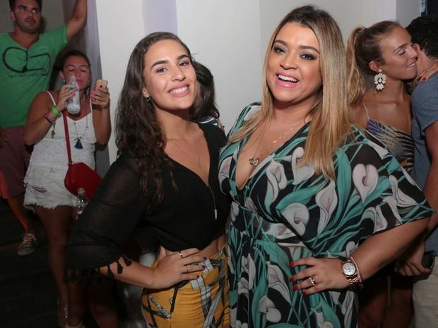Lívian Aragão e Preta Gil em festa na Zona Sul do Rio (Foto: Reginaldo Teixeira/ Divulgação)