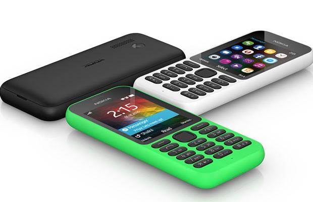 Celular Nokia 215, da Microsoft. (Foto: Divulgação/Microsoft)