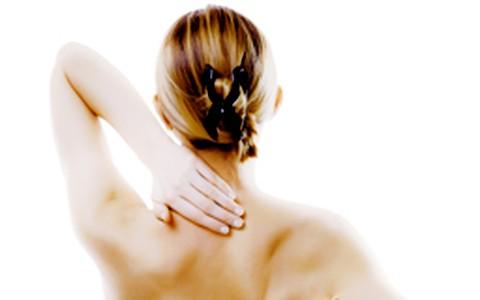 Cinco atitudes do dia a dia que provocam dores nas costas