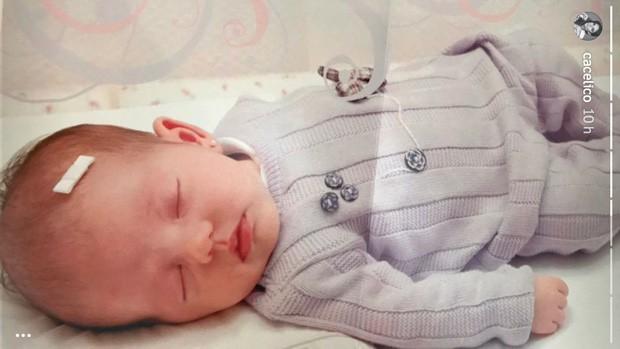 Carol Celico posta fotos antigas da filha, Isabella (Foto: Reprodução/Instagram)