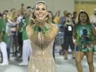 Wanessa brilha com look dourado em ensaio técnico no Rio de Janeiro
