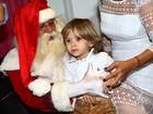 Filho de Adriane Galisteu posa para foto com o Papai Noel