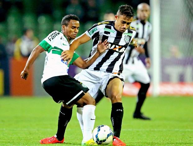 Guilherme Lazaroni jogo Coritiba x Figueirense (Foto: Getty Images)