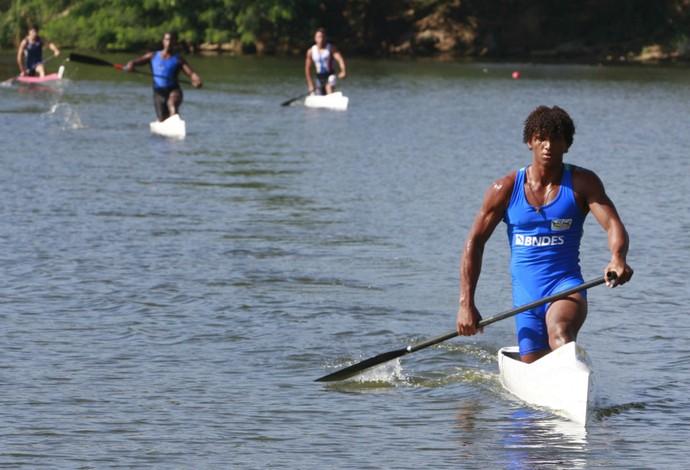 canoagem velocidade Isaquias Queiroz no Pan do Rio  (Foto: TubbseCosta)