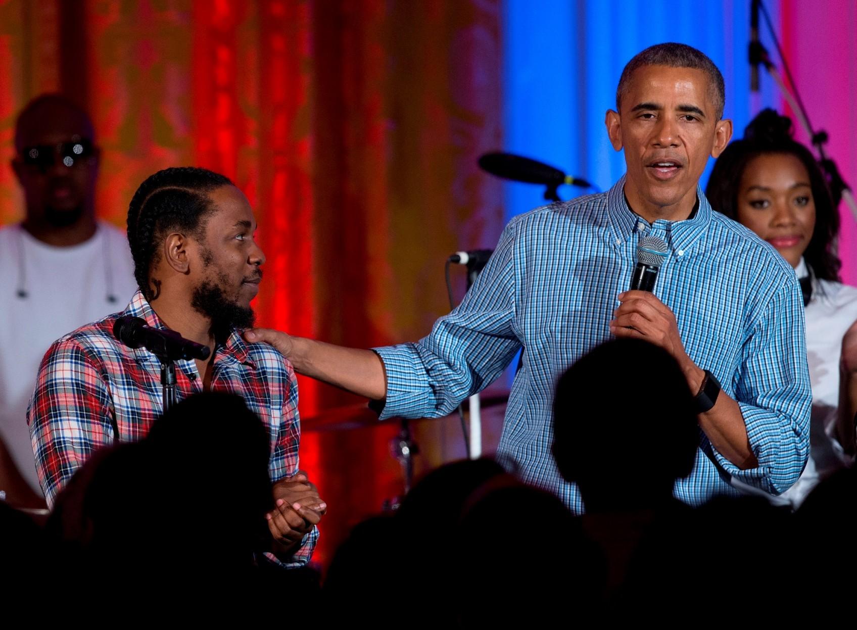 Kendrick Lamar e Barack Obama na comemorao do feriado de 4 de julho (Foto: Carolyn Kaster/AP)