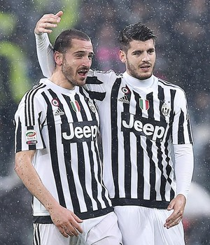 Bonucci e Morata, Juventus x Inter de Milão (Foto: EFE / EPA / Alessandro Di Marco)