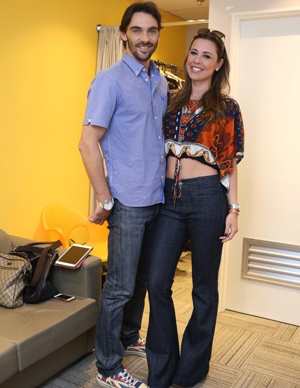 Giba e Malu Daudt nos bastidores do Domingão (Foto: Isabella Pinheiro / Gshow)