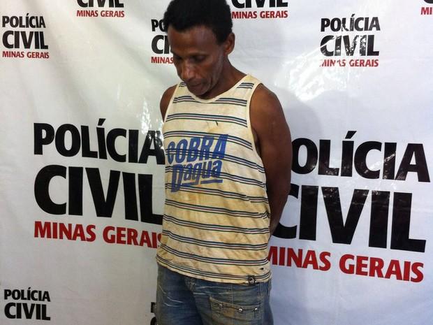 Homem foi detido em Cachoeira Escura, dsitrito de Belo Oriente (MG) (Foto: Thaís Fullin / InterTV dos Vales)