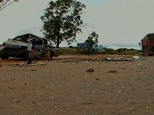 Acidente mata quatro pessoas na BR-040, em Cristalina, Goiás (Foto: Reprodução/TV Anhanguera)