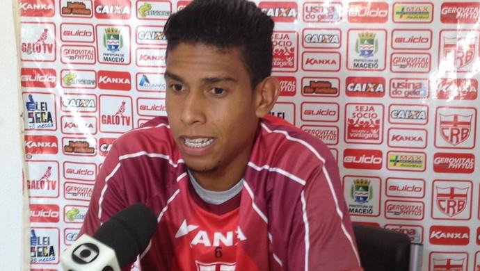 Bocão, lateral do CRB (Foto: Jota Rufino/GloboEsporte.com)