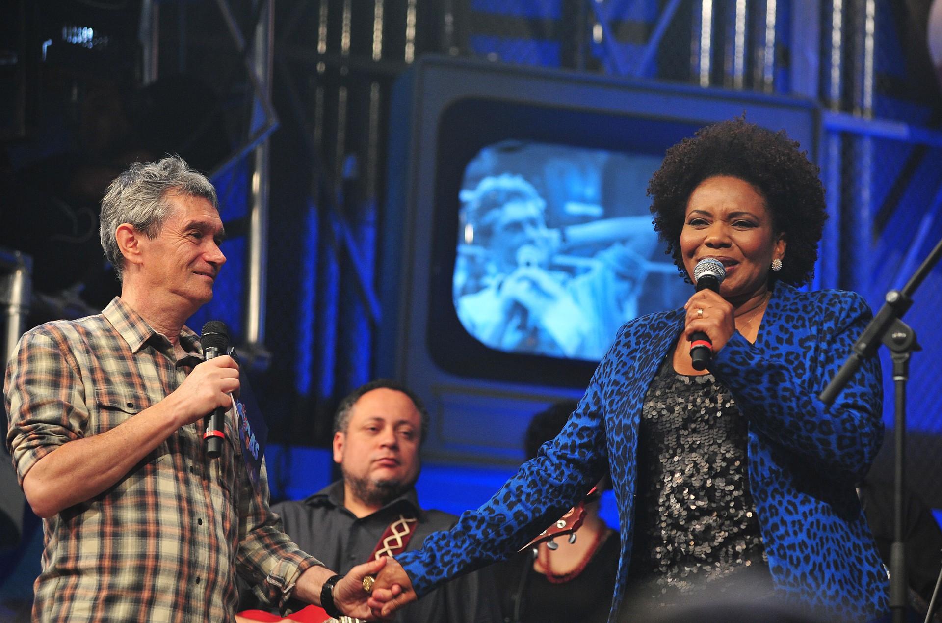 Margareth Menezes no Altas Horas (Foto: Globo/Reinaldo Marques )