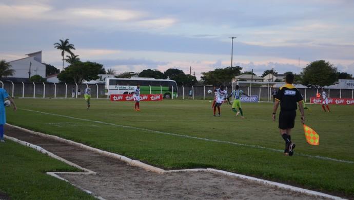 Vilhena e Ariquemes jogaram no Portal da Amazônia (Foto: Dennis Gonçalves)