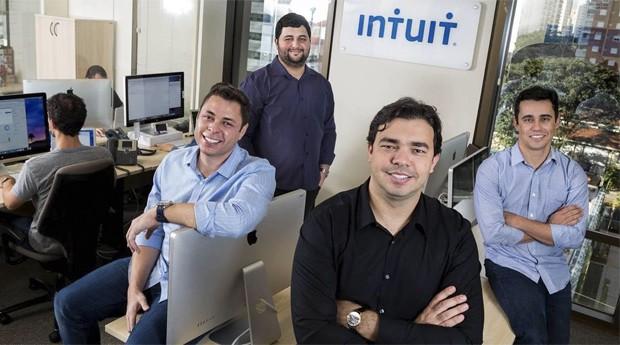 Os fundadores da ZeroPaper, startup comprada pela Intuit: Arley Moira, Carlos Carvalho,  André Macedo e Carlos Braga (da esq. para dir.) (Foto: Divulgação/Intuit)