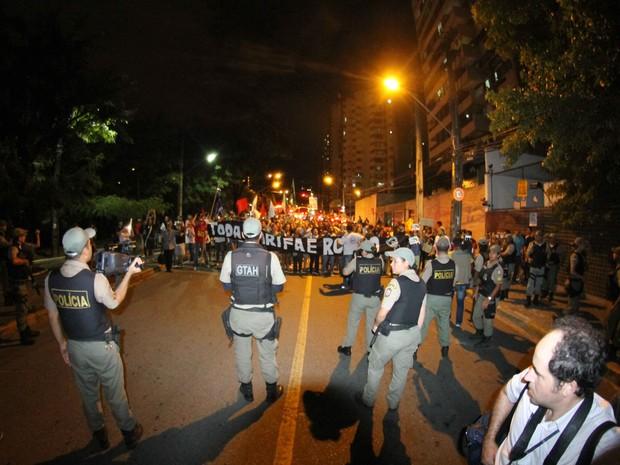 Protesto contra aumento de passagem no Recife - 22/01/2016 (Foto: Aldo Carneiro / Pernambuco Press)