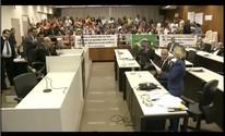 Protestos marcam a reunião ordinária da Câmara de Vereadores de Governador Valadares