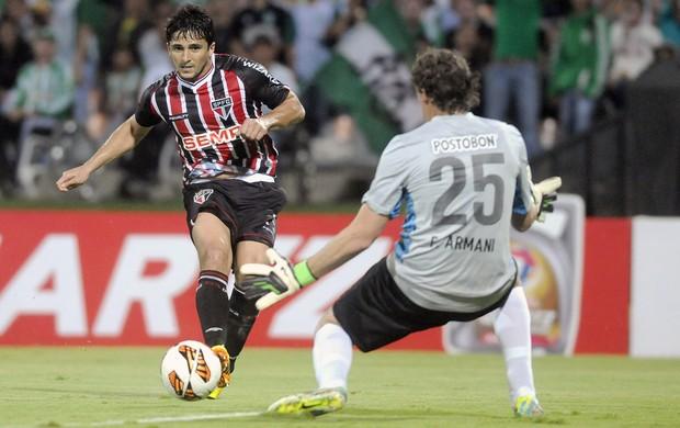 Aloísio jogo Nacional de Medellín contra São Paulo (Foto: EFE)