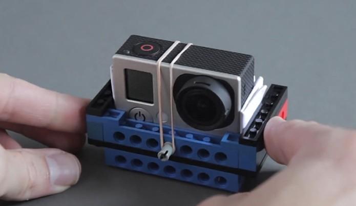 Encaixe da GoPro na estrutura de Lego DIY (Foto: Divulgação/ProductTank)
