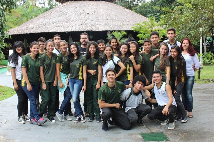 Alunos do E.M.E.F Marco Antônio Vilaça I (Foto: Katiúscia Monteiro/ Rede Amazônica)