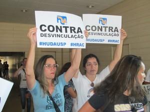Funcionárias do HU em evento de Alckmin (Foto: Caio Prestes/G1)
