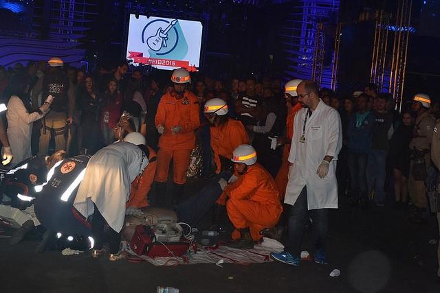 Homem sofre infarto em intervalo de show em Vitória da Conquista (Foto: Marcelo Torres / Blog do Marcelo)