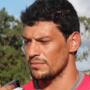 Edson Rocha, zagueiro do América-RN (Foto: Carlos Cruz/GloboEsporte.com)