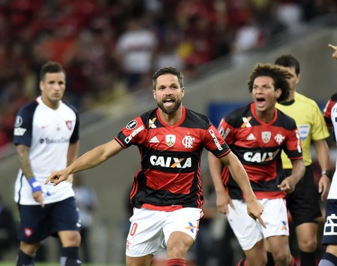 Diego abre para o Flamengo contra o San Lorenzo (Foto: André Durão)
