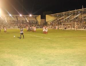 Falta Botafogo-pb x Auto Esporte  (Foto: Richardson Gray/Globoesporte.com/pb)