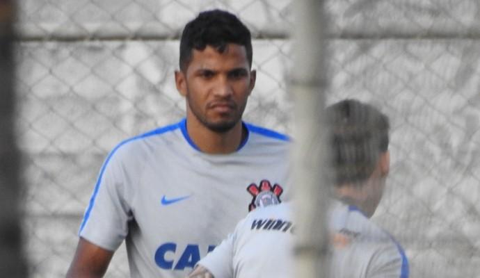 Yago e Rildo, Corinthians (Foto: Marcelo Braga)
