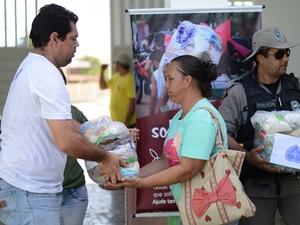 Insitituição entrega cestas básicas para moradores do interior do Estado (Foto:  Jean Carlos/Arquivo pessoal)