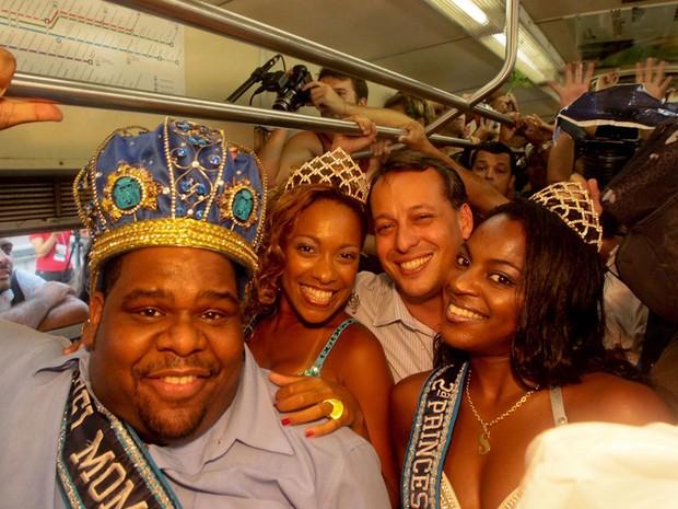 TREM DO SAMBA - Criado em 1996, o evento celebra o Dia Nacional do Samba, comemorado em 2 de dezembro. Trens saem da Central do Brasil rumo a Oswaldo Cruz, reunindo os mais expressivos sambistas (Foto: Alexandre Macieira / RioTur)