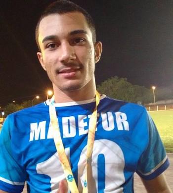 Lucas Silva Bandeira, meia do Espigão sub-20 (Foto: Lucas Silva/Arquivo pessoal)