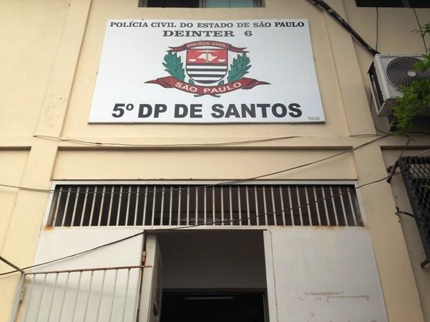 Ocorrência foi encaminhada ao 5º DP de Santos (Foto: Guilherme Lucio/G1)