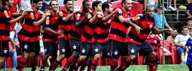 Jogadores do Flamengo comemoram o título do Rio Minas de Fut 7 (Foto: Davi Pereira/Jornal F7)