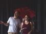 Dalton Vigh volta ao teatro ao lado da mulher após o nascimento dos filhos