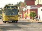 Transporte público lotado é alvo de reclamações no Almerinda Chaves