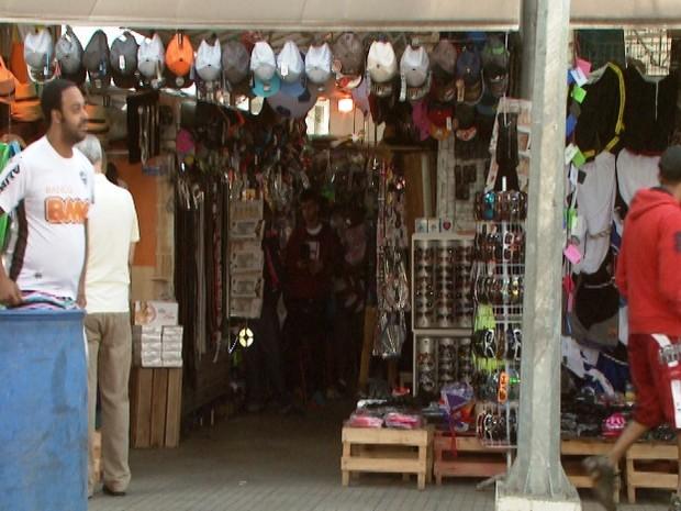 Camelódromo em Divinópolis (Foto: TV Integração/Reprodução)