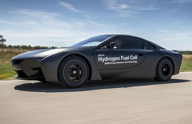 BMW i8 ficou mais invocado movido a hidrogênio (Foto: Divulgação)