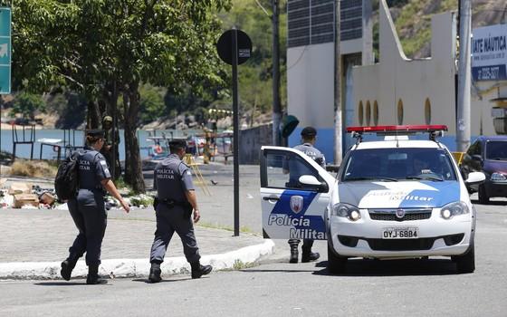 Policiais voltam no ES (Foto: Paulo Jacob/ Agência O Globo)
