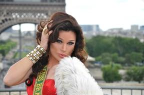 Sheila Veríssimo em Paris (Foto: Divulgação)